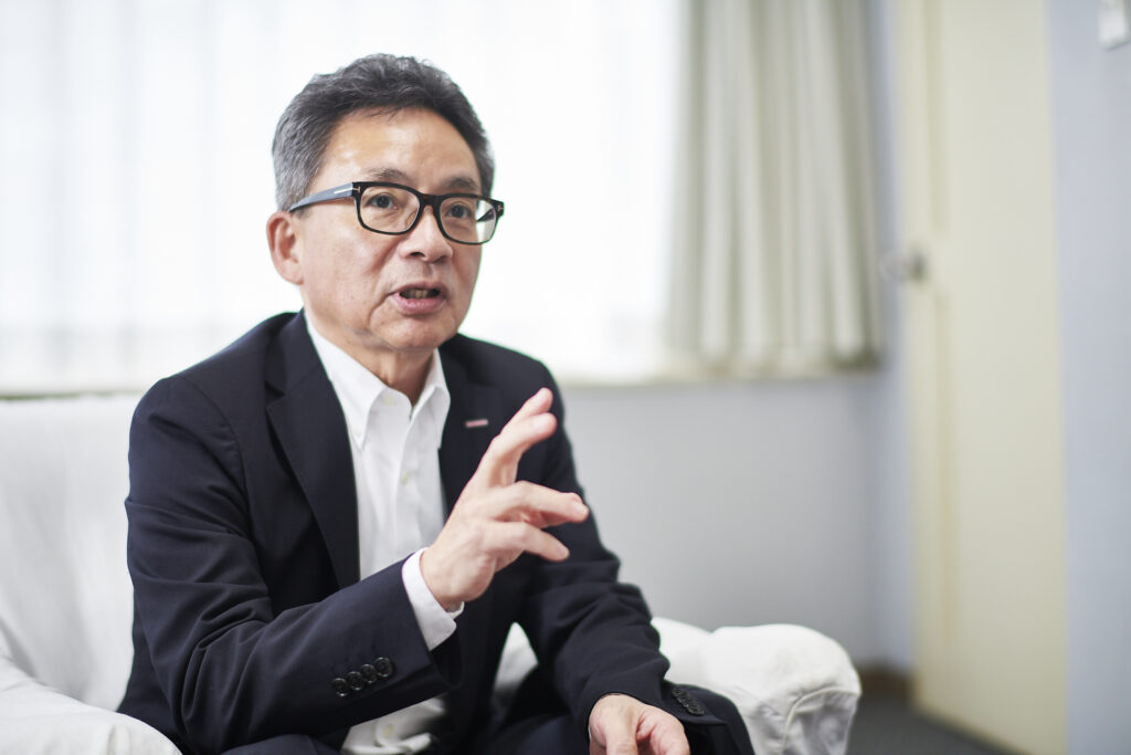 カクヤスグループ代表取締役社長・佐藤順一